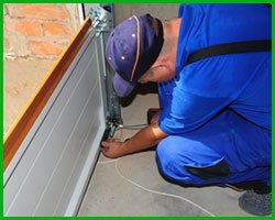 Master Garage Door Repair Service Reston, VA 571-405-5553
